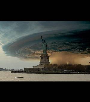 Octobre et l'ouragan Sandy photo-ouragan-sandy-a-new-york-l-ouragan-arrive-grave-a-un-montage-realise-grace-a-une-tempete-formee-en-2004-dr_108428_w300